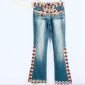Lucent boho jeans with embroidered  trim
